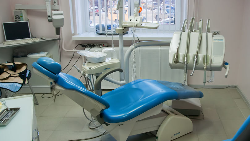 Scandal la o stomatologie din Orhei: Un tânăr susține că a fost bătut