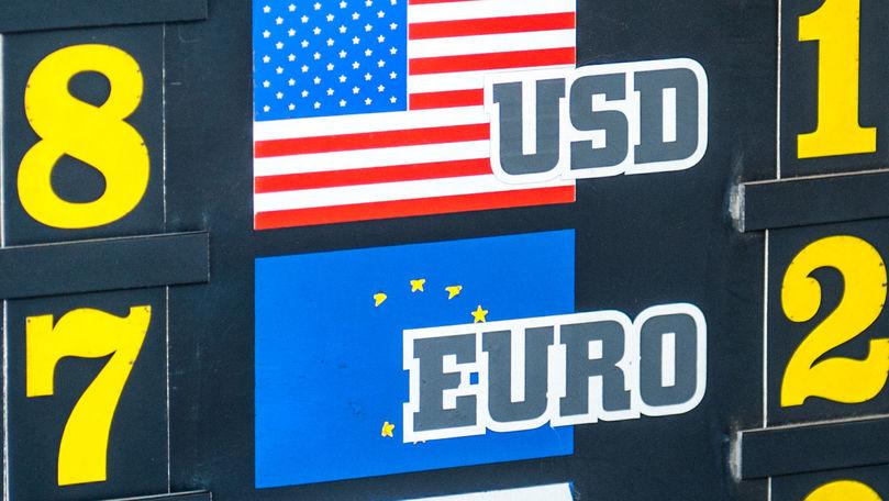 Curs valutar 28 august 2021: Cât valorează un euro și un dolar