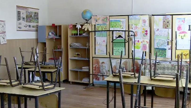 Cum vor funcționa școlile și grădinițele în perioada stării de urgență