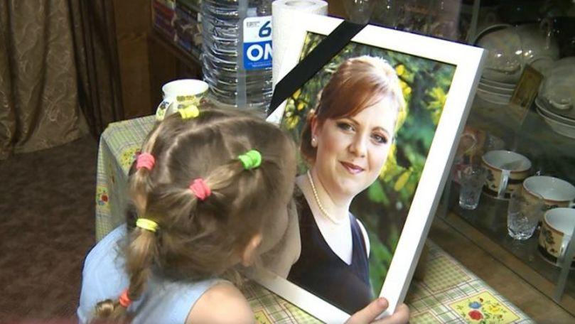 Minunea așteptată de 4 copii a căror mamă a murit de cancer