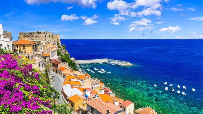 Sate pitoreşti din Italia oferă până la 28.000 de euro celor care se mută