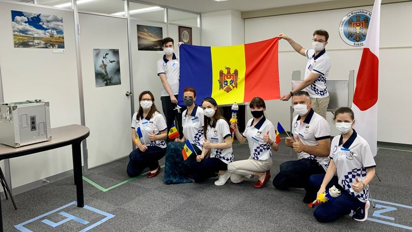 Cum sunt întâlniți alegătorii moldoveni la secția de votare din Japonia
