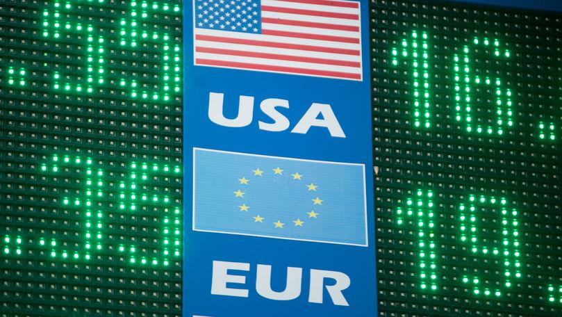 Curs valutar 8 iulie 2021: Cât valorează un euro și un dolar