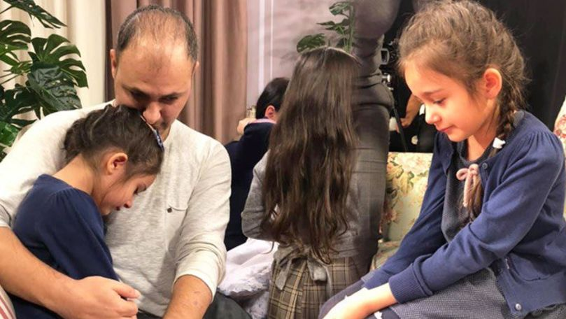 Strigătul disperat a două fetițe din Capitală care cer ajutor pentru tatăl lor