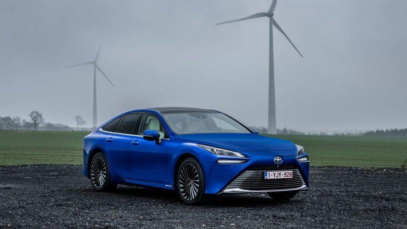 Record mondial: Toyota Mirai a parcurs 1.003 km cu un singur plin