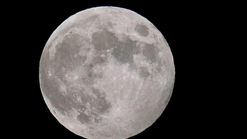 Eşantioanele selenare aduse de sonda Chang'e-5 au aproape 2 miliarde de ani