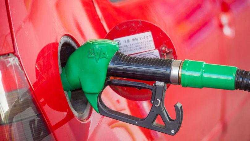 Prețuri majorate la carburanți. Platforma DA: Implicare a politicului