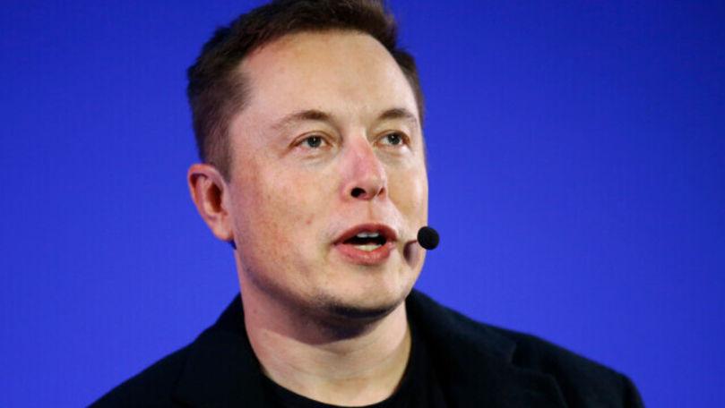 Elon Musk, după accidentul din SUA în care a fost implicată o mașină Tesla