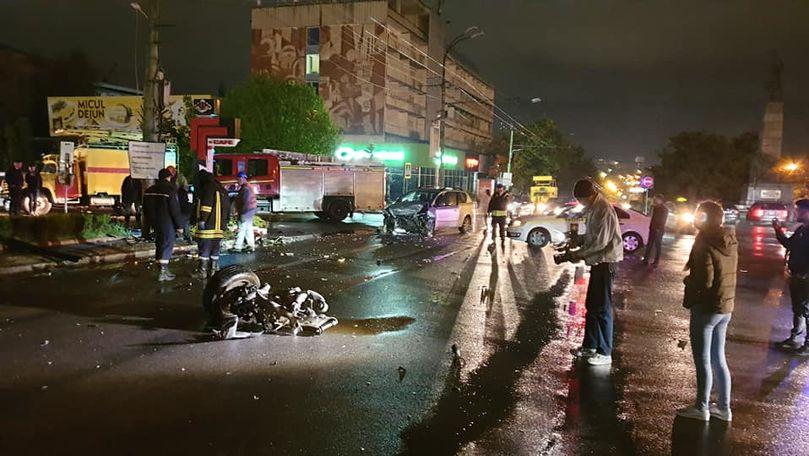 Accident grav în centrul Capitalei: BMW și Toyota, făcute zob