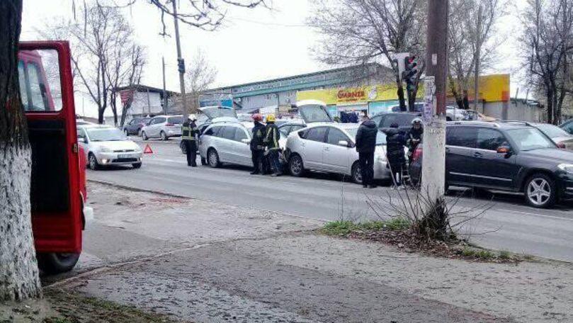 Încă un accident cu implicarea a 3 mașini în Capitală. Ce spune Poliția