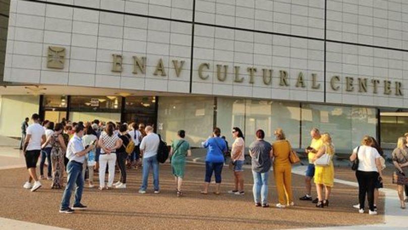 Cozi matinale la Tel Aviv: Moldovenii își așteaptă rândul pentru a vota