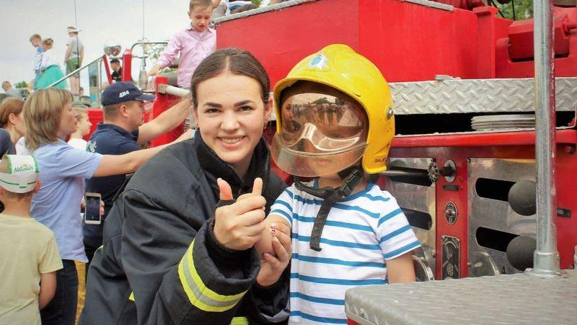 Pompierii și salvatorii invită copiii la o serie de surprize pe 1 iunie