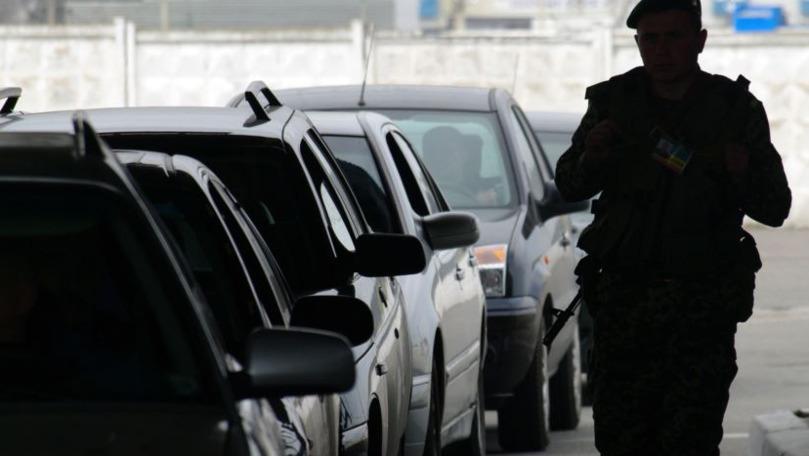 Ucraina a prelungit interdicția de intrare pentru toți bărbații din Rusia