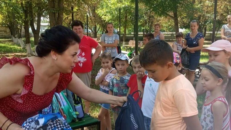 O moldoveancă din diaspora strânge bani de ziua sa pentru copii nevoiași