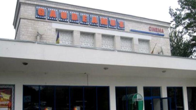 Primăria a sistat demolarea Cinematografului Gaudeamus