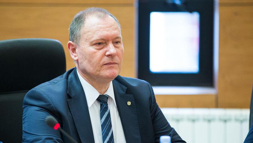 Premierul se va vaccina în R. Moldova: Din păcate nu am cetățenie română