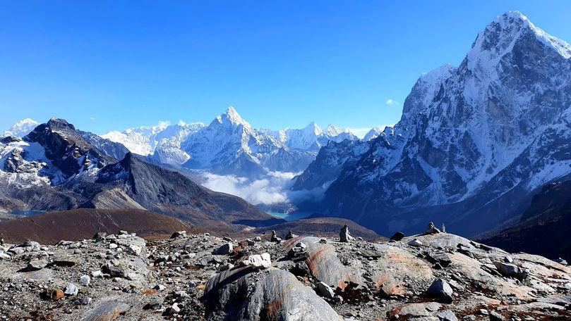 Un grup de sportivi amatori din Moldova va escalada Muntele Mera Peak