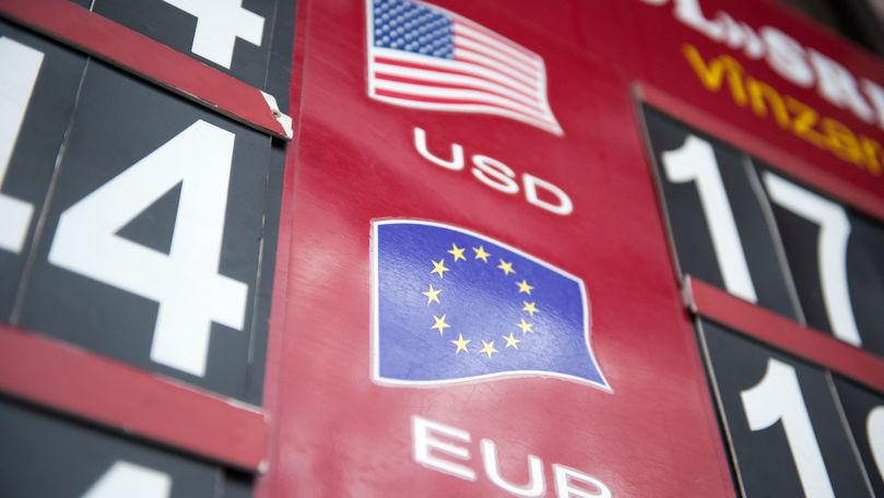 Curs valutar 25 septembrie 2021: Cât valorează un euro și un dolar