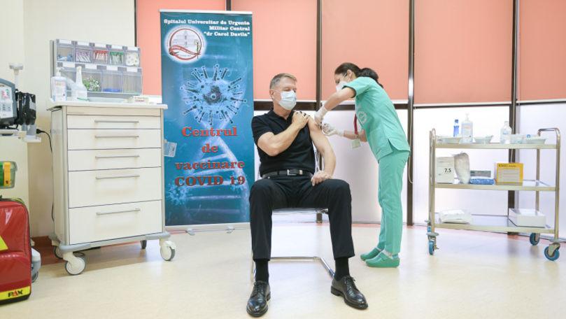 Klaus Iohannis și-a făcut a treia doză de vaccin anti-COVID