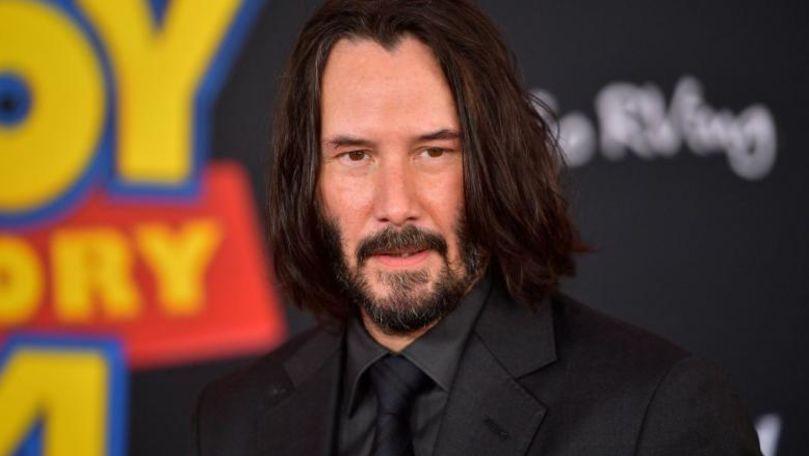 Keanu Reeves le-a făcut unor fani cea mai mare surpriză din viața lor