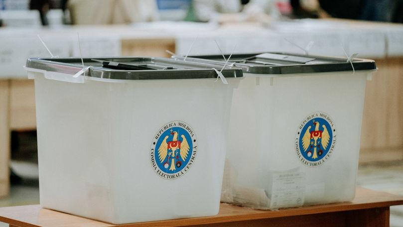 Democrația Acasă a depus actele la CEC: Pe liste sunt și cei de la PONA