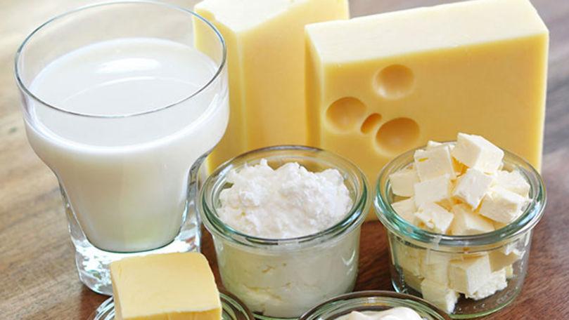 Produsele lactate s-ar putea scumpi: Cresc prețurile la furaje