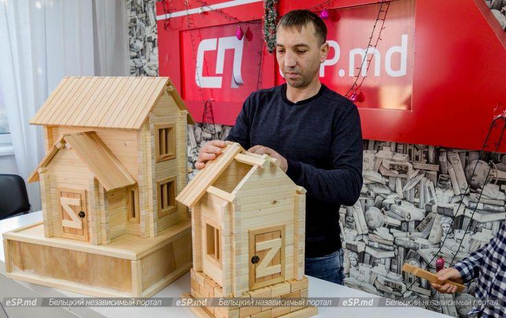 Молдованин изготавливает уникальные конструкторы из дерева