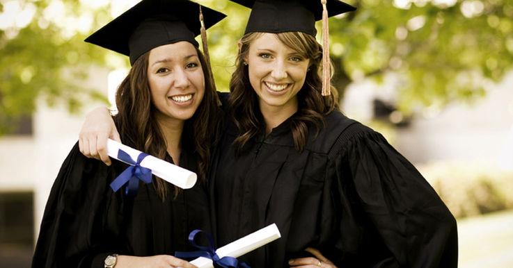 Cei mai buni studenți din Moldova pot obține burse de merit