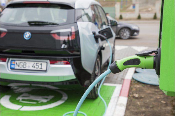 В Молдове появится сеть из 40 зарядных станций для электромобилей