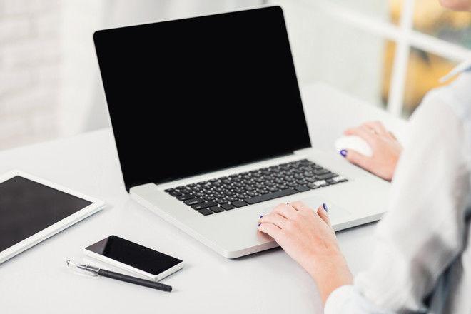 Не расслабляемся: 11 правил эффективной работы из дома