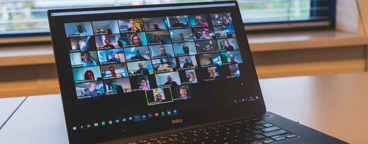 Сервис видеоконференций Zoom подорожал вдвое благодаря коронавирусу