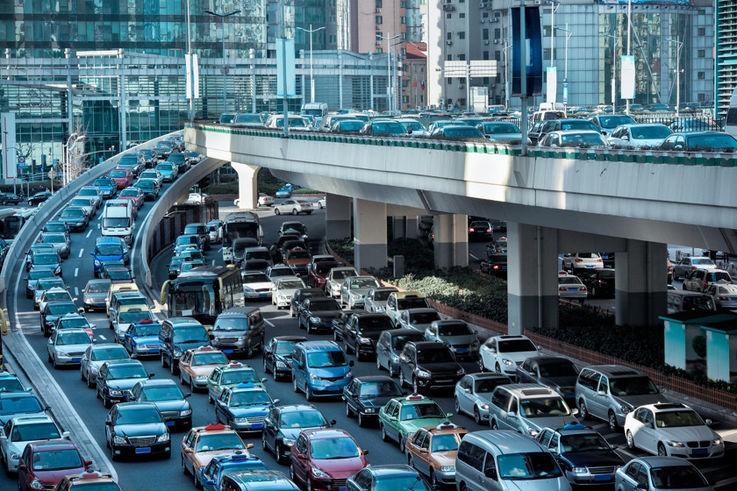 В Китае власти дают деньги на покупку автомобилей