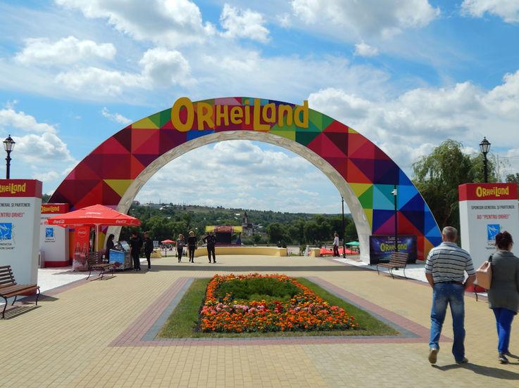 Жители Оргеева не пустили полицейских, собиравшихся закрыть «Орхейлэнд»