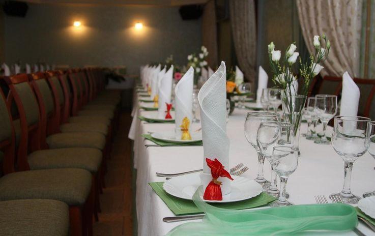 В Молдове с 1 августа будут разрешены праздники в ресторанах и кафе