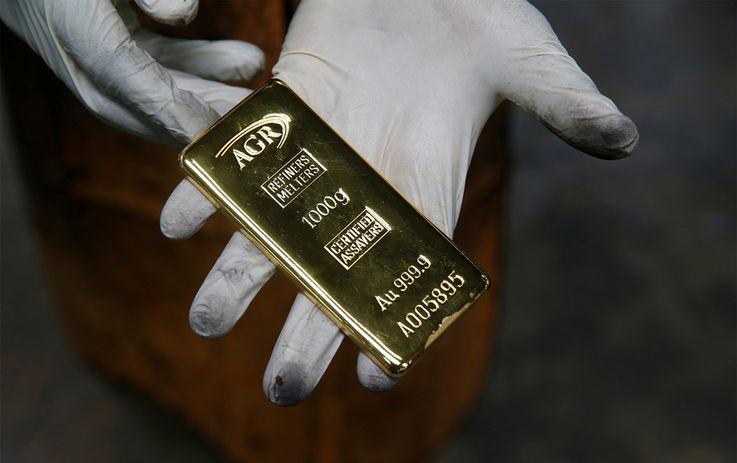Цены на золото побили очередной рекорд. Как на этом заработать?