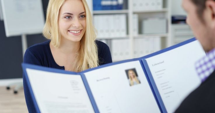 15 secunde ca sa convingi angajatorul: cum trebuie sa iti scrii CV-ul