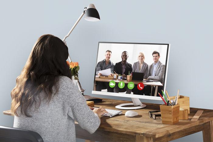Цифровой этикет: как себя вести во время рабочих видеоконференций?