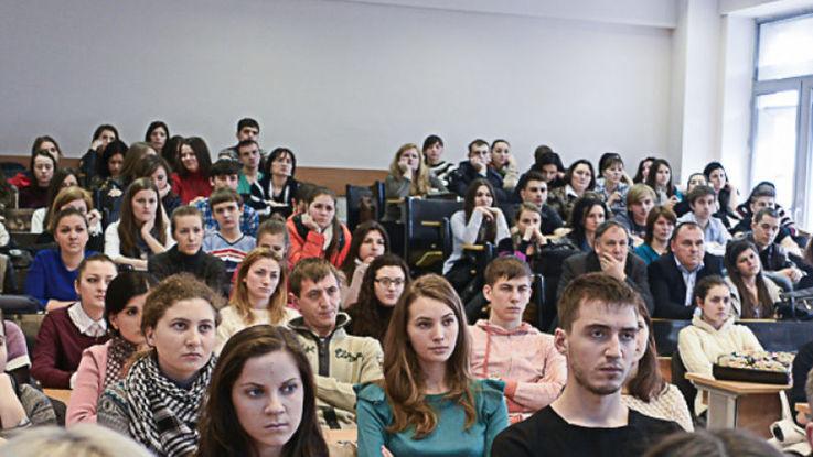 Rectorii despre cum va avea loc admiterea la universitățile din țară