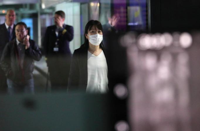 Китайские биржи обвалились на фоне вспышки эпидемии коронавируса