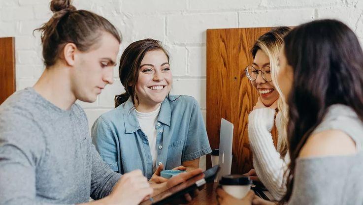 Ce vor să vadă angajatorii în CV-ul tău