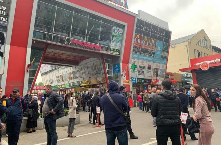 Патентообладатели с рынков Кишинёва и Бельц получат пособия
