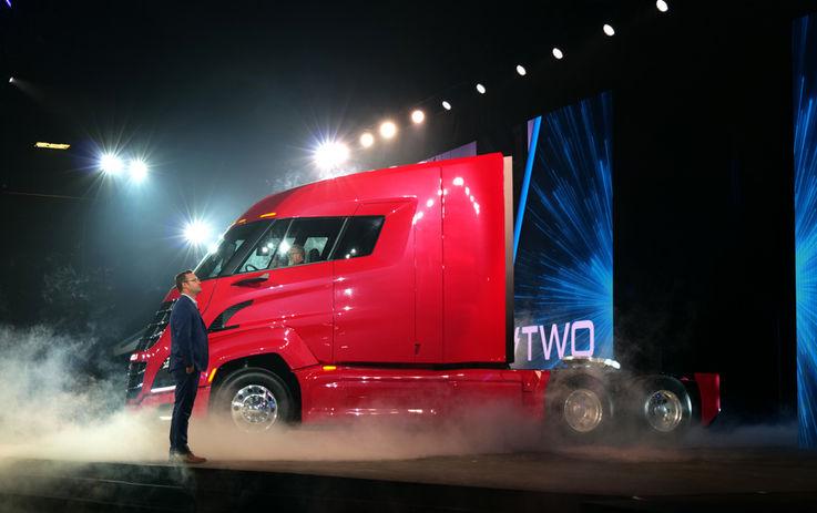 Основатель компании по созданию экологичных грузовиков стал миллиардером