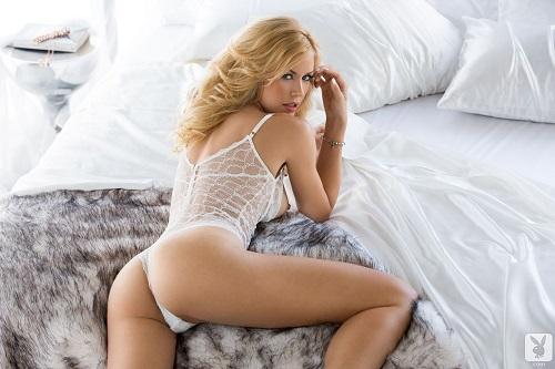 откровенное фото красивых девушек блондинок