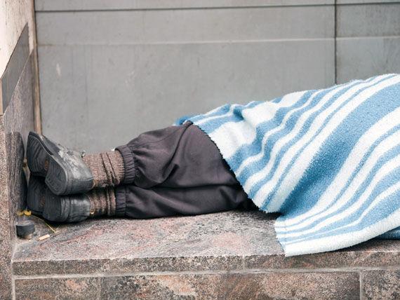 Администрацию приюта бездомных в Кишинёве обвиняют в жестокости