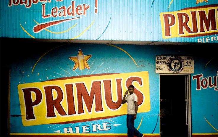 Почему Heineken продаёт пиво в Африке в два раза дороже, чем в Европе