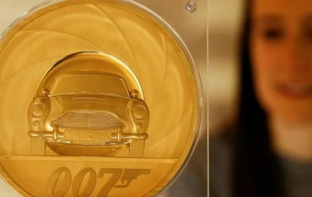 В Великобритании отчеканили монету весом в 7 килограммов