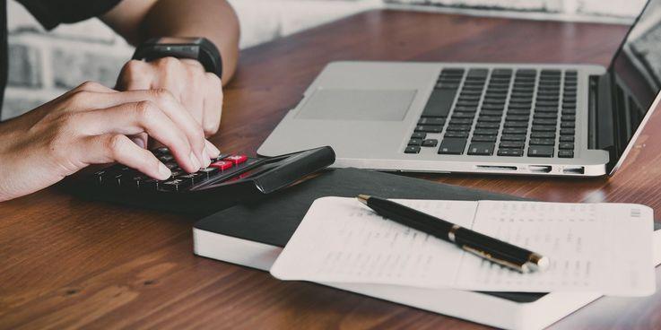 Копить или покупать: основы ведения домашнего бюджета во время карантина