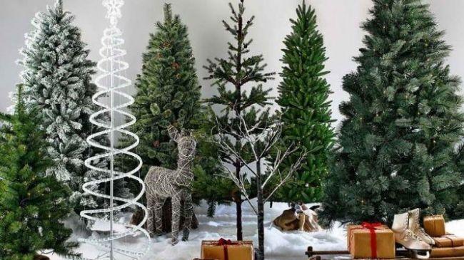 Сколько стоит искусственная новогодняя елка, произведённая в Молдове?