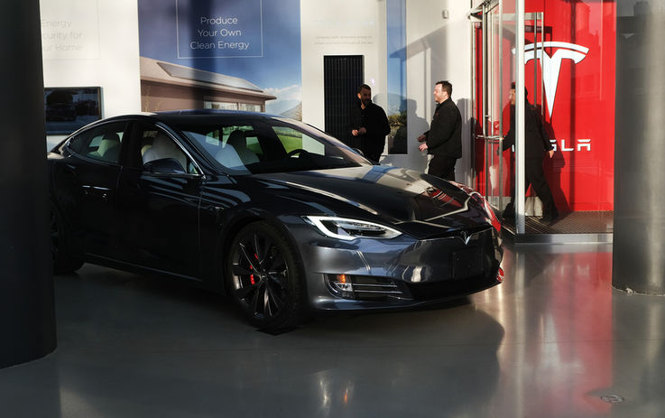 Илон Маск вновь стал богаче. Акции Tesla обогатили его на $5 млрд