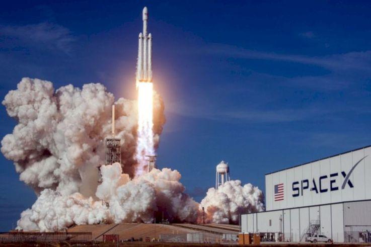 Почему старт космического корабля Маска – это большой шаг для бизнеса